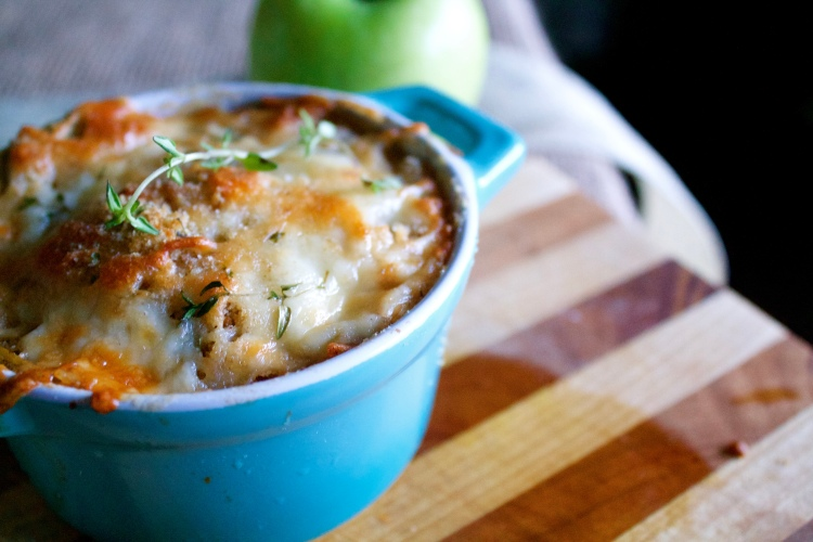 Green Apple and White Cheddar Gratin